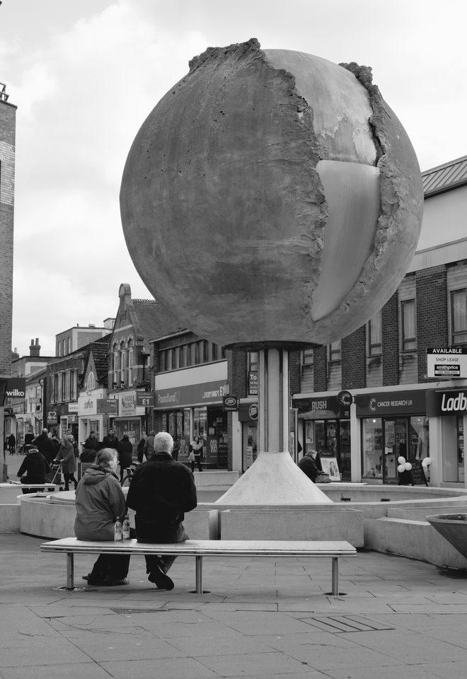 Horsham Street Globe