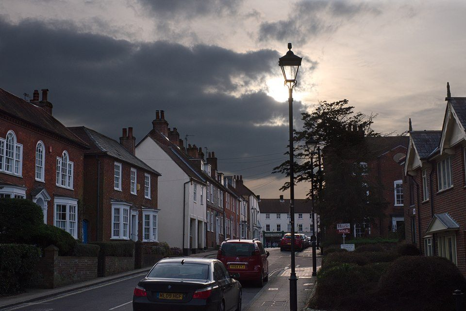 FUJIFILM X-E2 35.0 mm f8.0 1/2200s Looming clouds in Emsworth